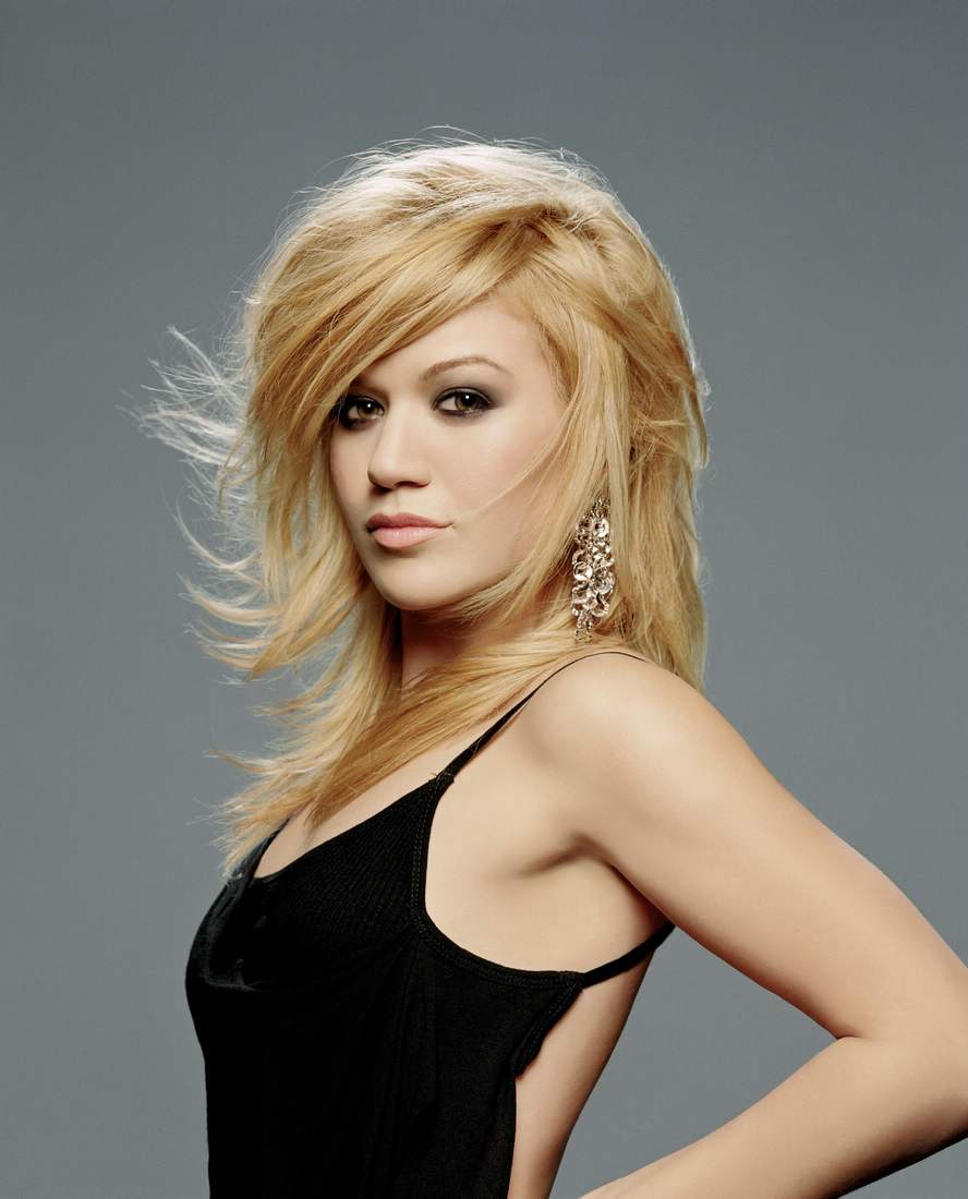 Kelly Clarkson Pussy Pics Classy yeeeaaah hot: that whole pasty midget thing