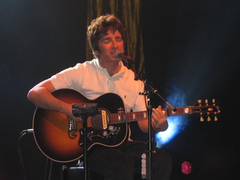 Noel Gallagher Acoustic Guitar