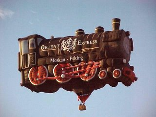 Hot air balloon - train