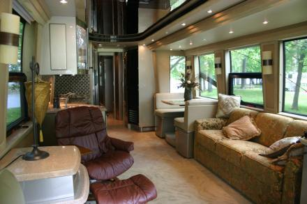 luxury bus 2 - interior