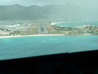 Princess Juliana Airport from pilot view