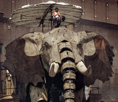 giant elephant robot, sculpture