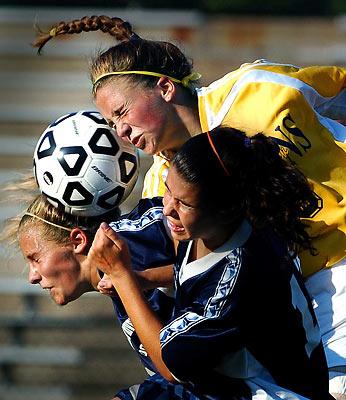 women soccer / football