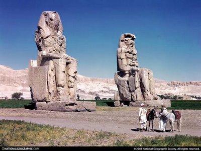 phraoh statue