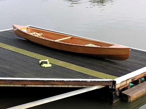 A really light plywood Eureka Canoe – 34lbs/15.5kg