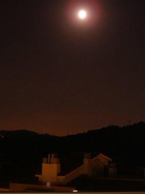 La Luna sobre Cerdanyola y Collserola