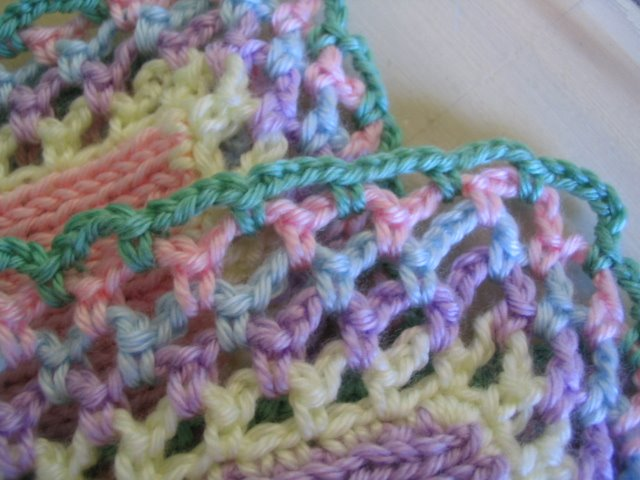 Knitted Blanket Edging Pattern : *+*MaGic PiXie KniTteR+*+: Colorful baby blanket (^_^)