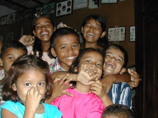 laughing children, El Porvenir, Honduras