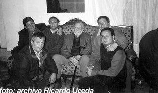 el CHITO es el del extremo derecho. foto del 2003.