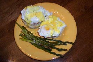 Eggs Benedict & Asparagus