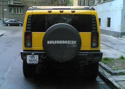 Motor Show Yellow Hummer H2