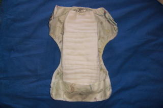 cloth diapering is easy with inexpensive cotton prefolds (9)