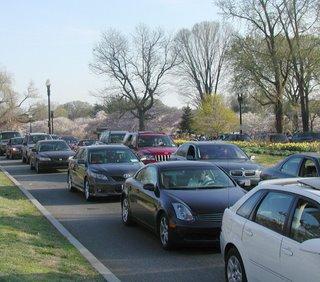 Tidal Basin Traffic Sunday April 2, 2006