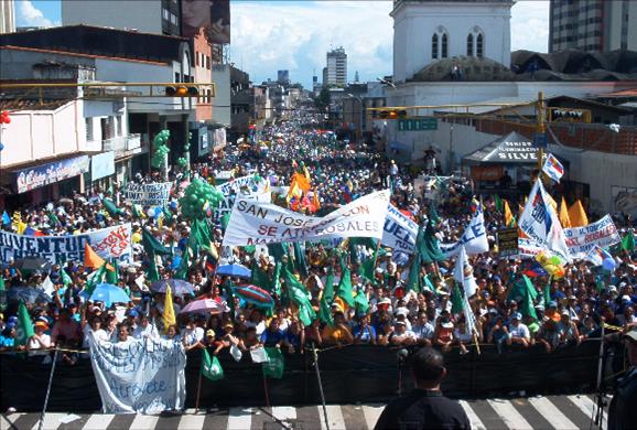 Manuel Rosales: a democratic option for Venezuela