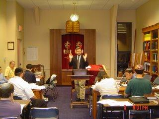 Rabbi Klapper speaking