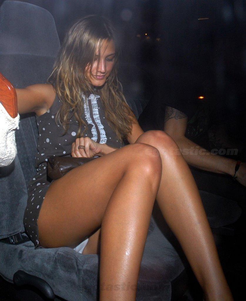 Смотреть онлайн голых украинских звезд шоу бизнеса 24 фотография