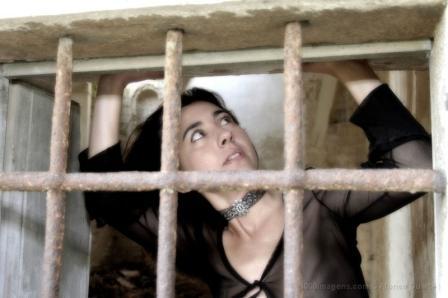 Prisioneiros, até quando?