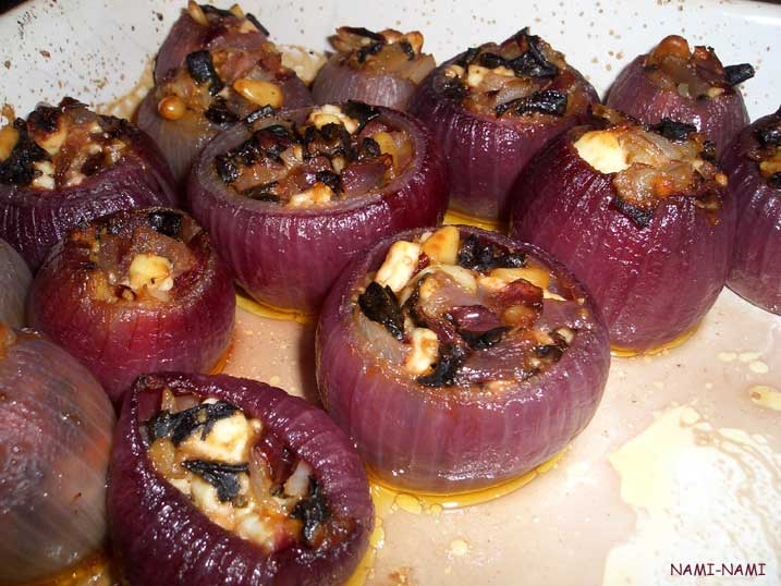 NAMI-NAMI: a food blog: Stuff the onion: baked red onions with feta ...