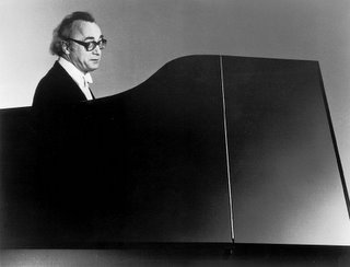 Alfred Brendel - ''Who's coughing?''