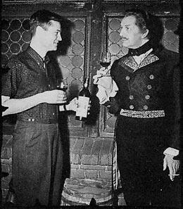Vincent Price, junto a Peter Lorre, hicieron en Historias Extraodinarias de Roger Corman, una de las catas más famosas y divertidas de la historia del cine.