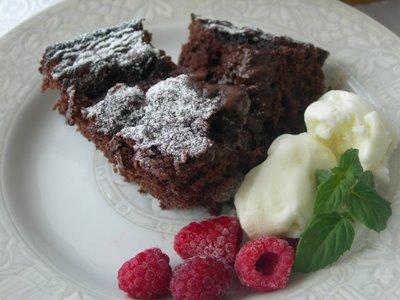 Picture%20844 Çikolata Soslu Kek (Sufle?)