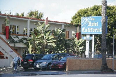 &copy 2006, Shaawn Kielty.  All rights reserved. The Hotel California in Santa Moica CA,