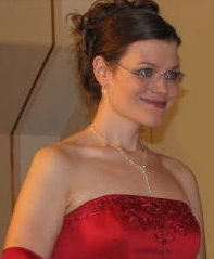 Smiling Matron of Honor 2