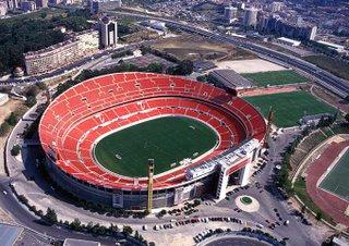 SL BENFICA STADIUMS PICTURES/IMAGENS DOS ESTADIOS DO SL BENFICA Mitico%20Est%3F%3Fdio%20da%20Luz