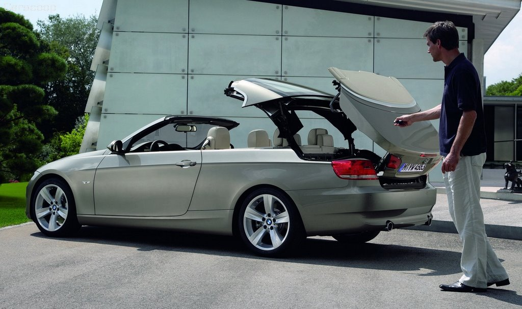 2007 bmw 3 series convertible bmw get 39 s in the coupe cabrio game carscoops. Black Bedroom Furniture Sets. Home Design Ideas