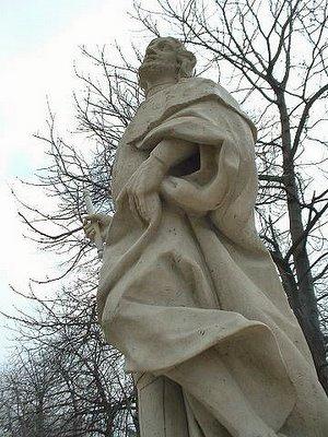 Estatua emplazada en el Jardín del Buen Retiro. Madrid, 2006