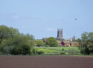 Worcester Cathedral set. Looking towards Worcester Cathedral from Powick battlefield. By Fred Bloggz of Flickr.com
