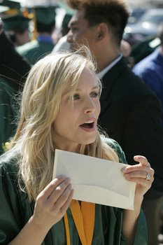Happy Veronica Mars