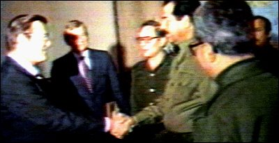 that photo of rumsfeld and saddam from the reagan years