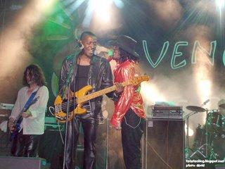 Rachid Taha in Vence 10, with Idris Badarou, bass