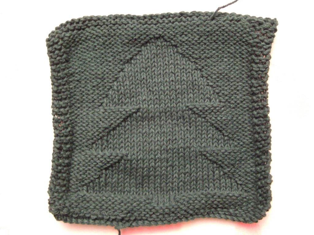 Knitting Pattern Dishcloth Christmas Tree : Christmas Tree Dishcloth ~ smariek knits