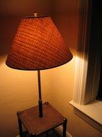 Desk/lamp