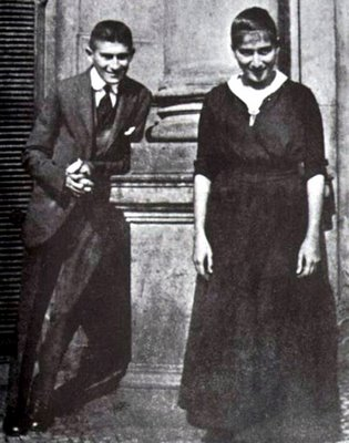 Franz e sua irmã caçula e preferida Ottla