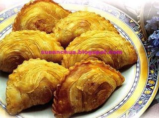 Nonya Kueh and Cake Recipes - Fried Curry Puffs