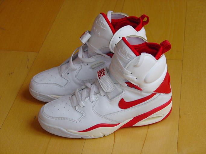 buy popular 950f3 27b10 Sneakers for JESUS