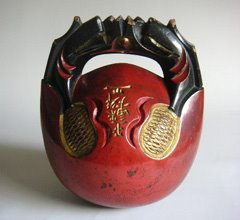 Late Meiji or early Taisho Period (1900-20) Japanese antique lacquered mokugyo
