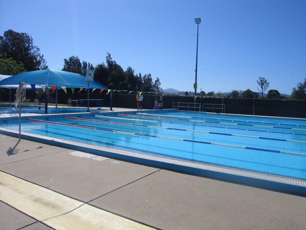 Swimming moruya war memorial swimming pool for Morris il public swimming pool