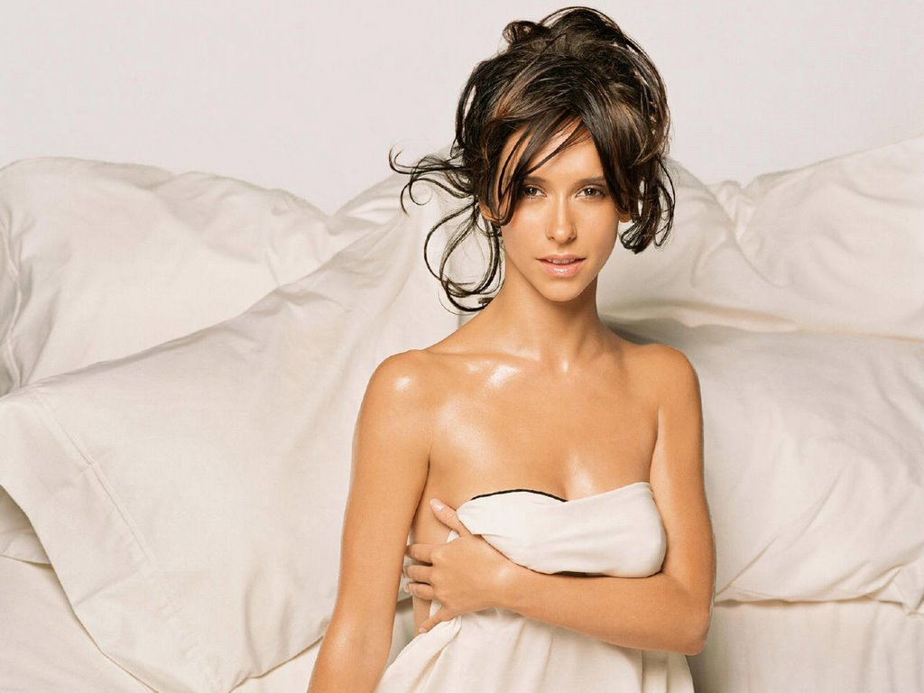 Bare Naked Jennifer Love Hewitt 48