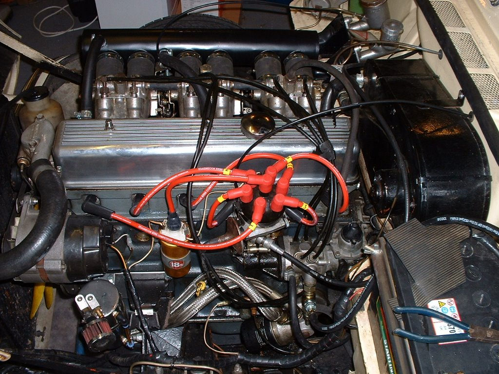 Jasons Blog 2006 Profile Blade Fuse Tap Holder Add A Circuit Line Japanese Car Ebay Heres The Installation I Havent Clipped Them Up Yet As Im Going To Now Fit Electronic Ignition Bought From States And Then Do Timing So