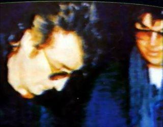 Lennon rilascia un autografo al suo futuro assassino