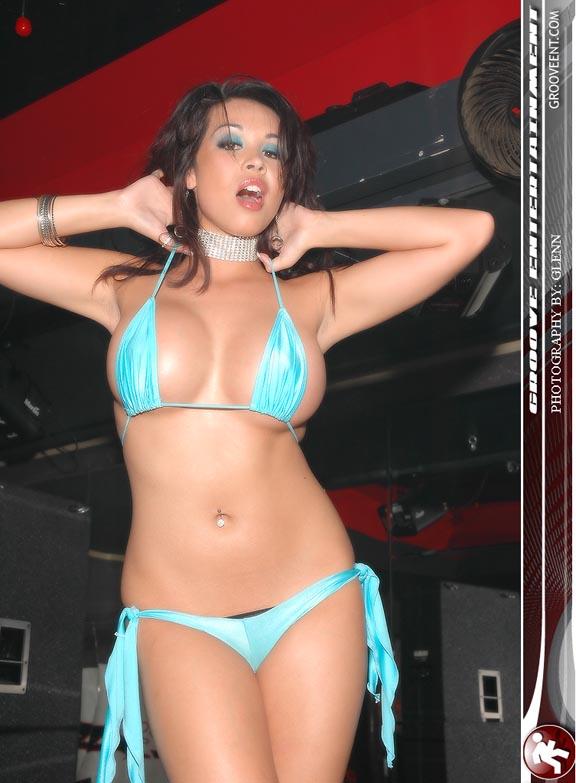 Hottest Girl Sucking Dick