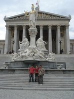 inde en stop Eduardo Marinho Sylvain Andre hitchhiking Viena Wien Vienne Sarah