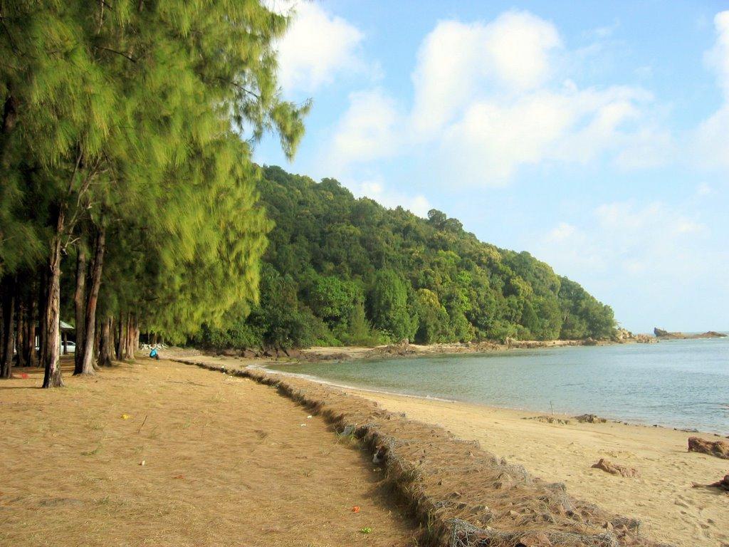 Come Embrace Malaysia: Pantai Kemasik, Pantai Marina and Kertih