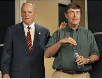 Texans Casserly Resigns - Houston Chronicle Report