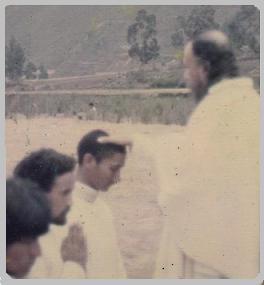 Recibiendo la Bendicion de un Apostol del Mahatma Chandra Bala - Miembro de la Sublime Agartha Sangha