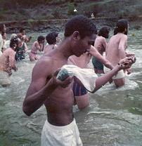 Baño en el Rio con la Jerarquia de la Orden del Aquarius